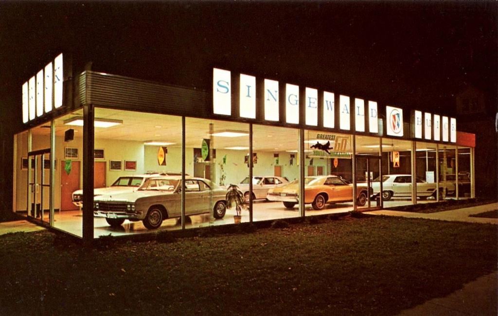 Zukunft Autohaus Buick Showroom flickr